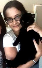 Paris with her cat<3