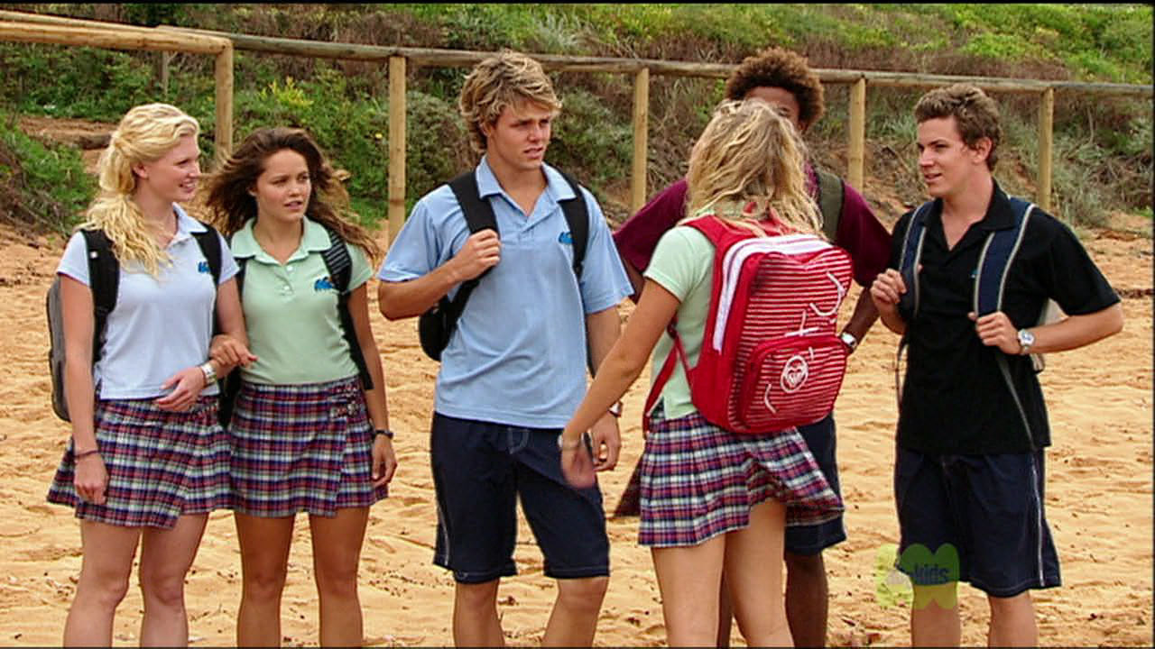 Blue Water High Cast the 'ashes' episode - blue water high photo (3037764) - fanpop