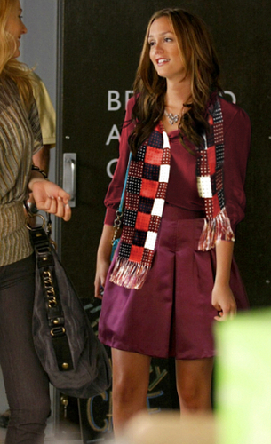 Blair wearing Chuck's scarf #4