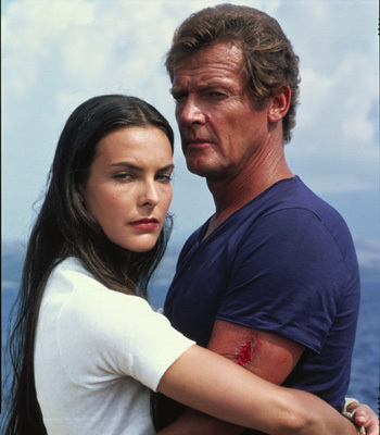 Carole Bouquet / Melina Havelock