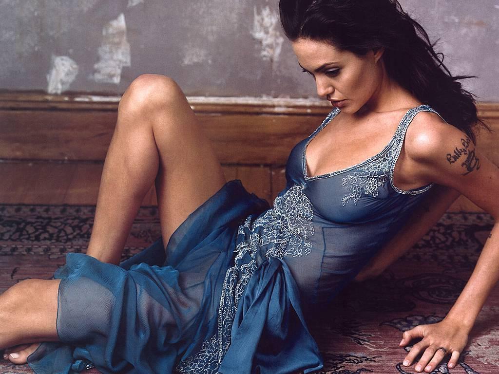 Angelina Jolie Hot Stills angelina jolie - angelina jolie wallpaper (4103818) - fanpop