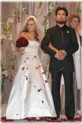carmen electra wedding