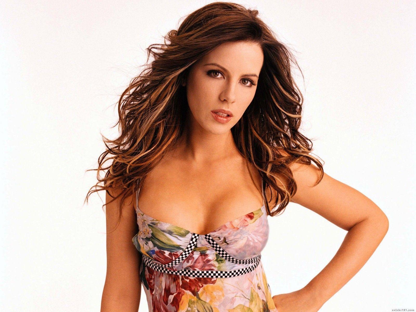 http://images2.fanpop.com/images/photos/4700000/Kate-Beckinsale-kate-beckinsale-4731702-1600-1200.jpg