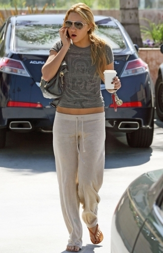 Amanda Getting coffee in Studio City
