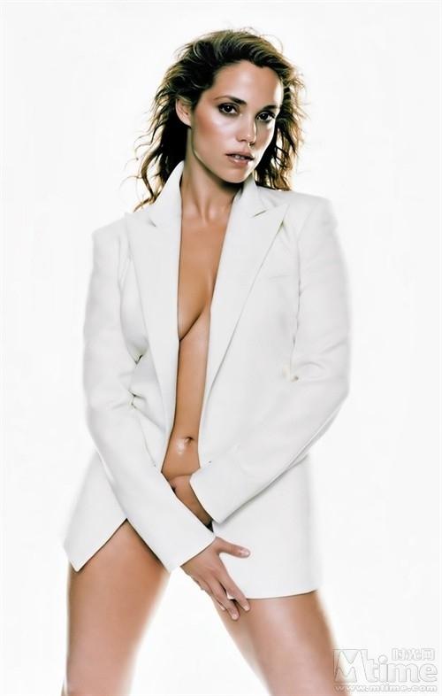 http://images2.fanpop.com/images/photos/4900000/Elizabeth-Berkley-elizabeth-berkley-4980506-500-786.jpg