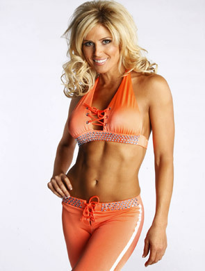 Backstage Beauties - Torrie Wilson