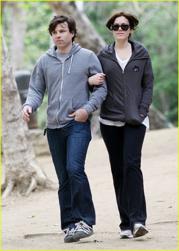 Mandy Moore & Ryan Adams: Runyon Canyon Couple
