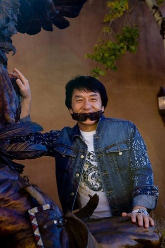 Jackie Chan in New Mexico - araw One