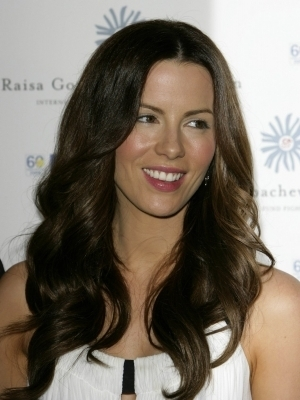 Kate Beckinsale in 2008