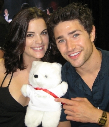 Matt Dallas & Jaimie Alexander