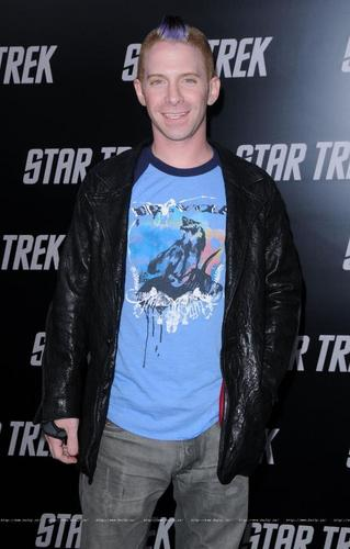 Seth at the Star Trek premiere