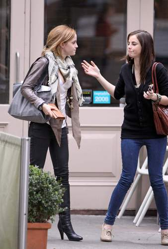 Emma Watson & Kaya Scodelario at Gourmet Burger jikoni in Hampstead May 18