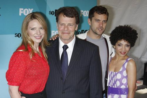 The Fringe Cast at 2009 여우 Upfronts