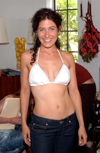 Lisa Edelstein at Juicy Couture At The chateau, schloss Marmont (07.27.2001)