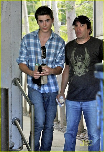 Zac in Beverly Hills