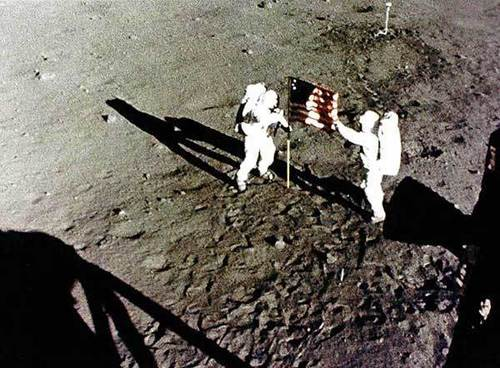 Moon Landing 40th Anniversary... 20th July, 2009 !