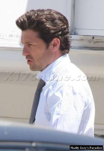 Patrick Dempsey on the Set of Valentine's دن