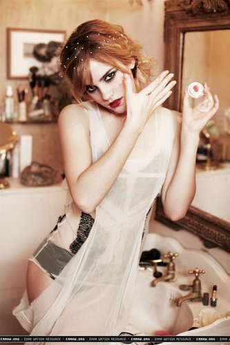 Ellen Von Unwerth Photoshoot (HQ)