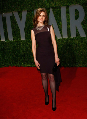 Emily Deschanel @ Vanity Fair Oscar Party Hosted kwa Graydon Carter
