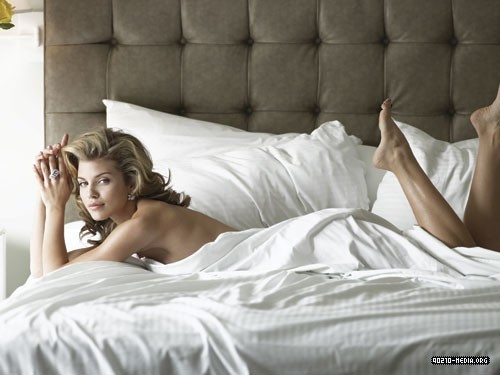 New AnnaLynne Photoshoot (Signature Magazine)