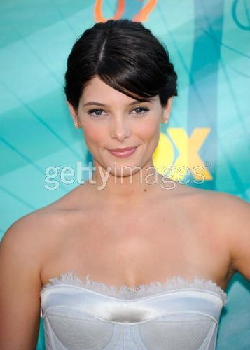 Ashley Greene at Teen choice awards