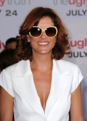 "Kate Walsh@""The Ugly Truth"" Los Angeles Premiere (7/16/09)"