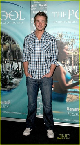 Robert Buckley: Harrah's Hottie