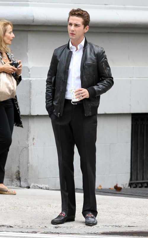 "Shia on set ""Wall Street 2"""