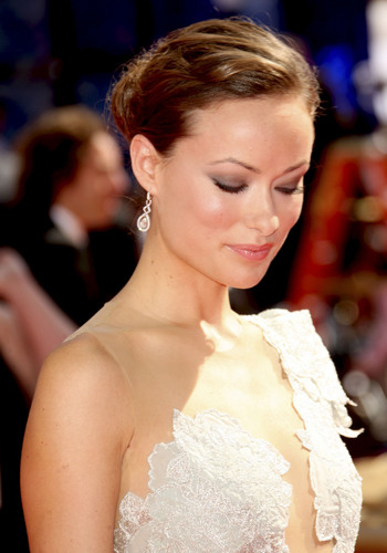 Olivia on the Red Carpet @ the 2009 Emmy Awards